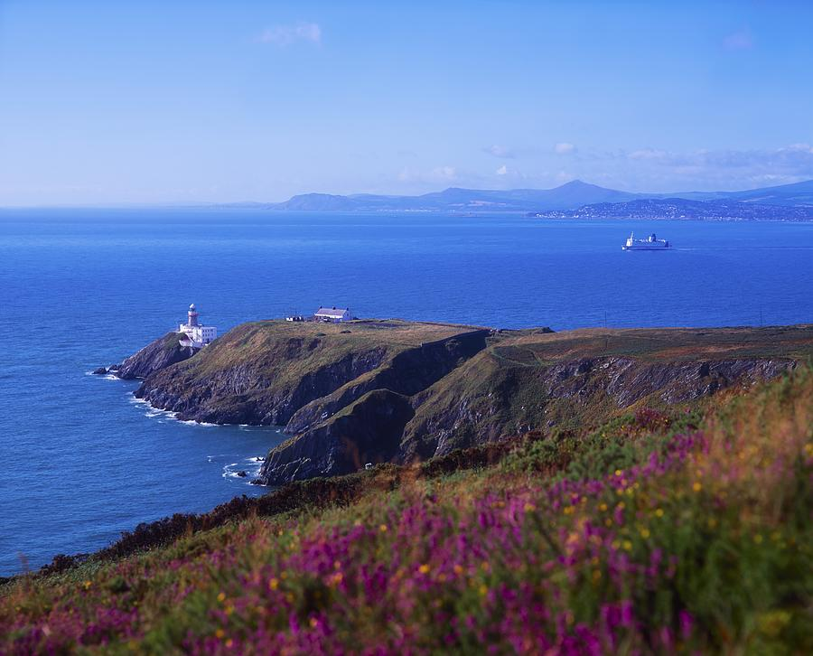 co-dublin-howth-head-baily-lighthouse-the-irish-image-collection--min