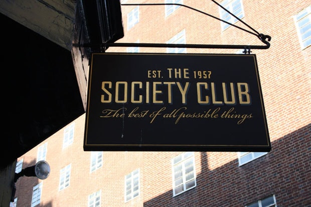 society-club-hero-620-min